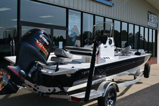 Xpress H20B For Sale | Custom Marine | Statesboro Savannah GA Boat Dealer_3