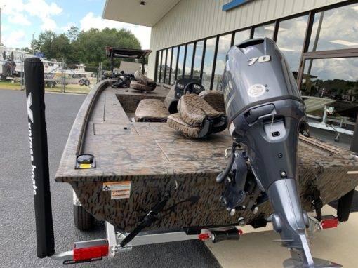 Xpress XP180/Camo For Sale | Custom Marine | Statesboro Savannah GA Boat Dealer_4